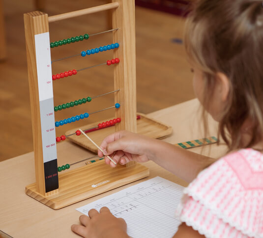 Matériel mathématiques Montessori